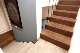 stairwell_stairs1